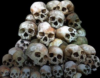 Pile-Of-Skulls-psd9211.jpg.png