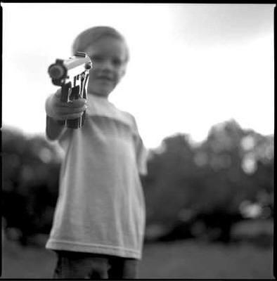kid-with-gun.jpg