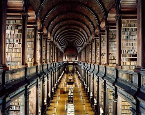 bibliothek_trinity-college-library-dub.jpg