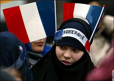 muslim_in_france_orig.jpg